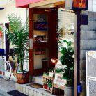 店舗入口(昼)