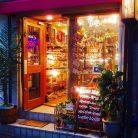店舗入口(夜)